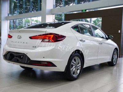 Giá Hyundai Elantra 2019 Lăn Bánh