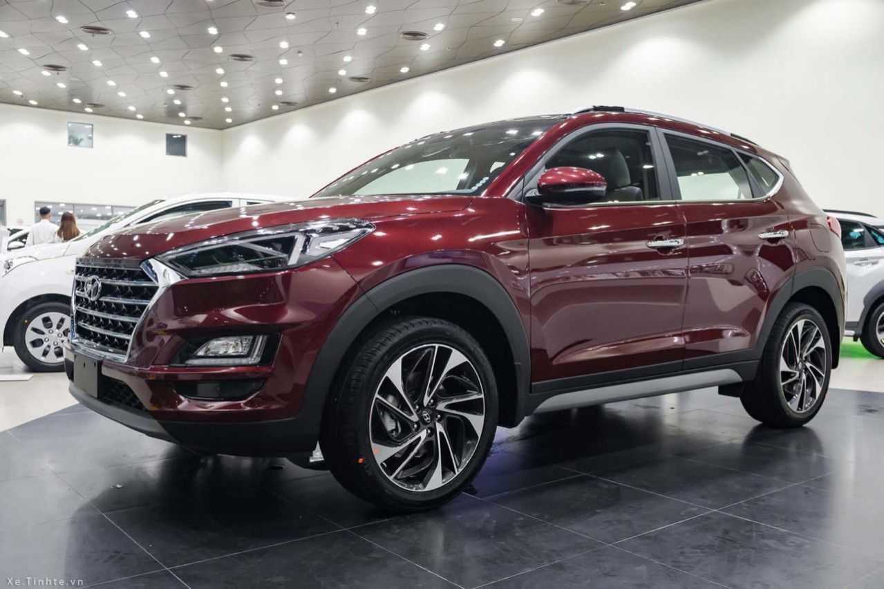 Read more about the article Hyundai Tucson 2019 Đỏ Mận